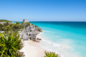 Enjoy mayan ruins with Krystal Resort Cancun